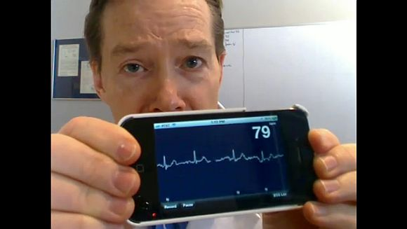 iphone heart rate monitor doctors transform iphone into a grade rate 15289