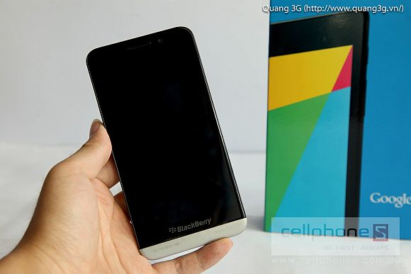 130812-blackberry-z30-video-2