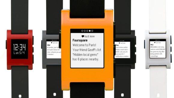 131107-pebble-smart-watch-ios-7-notification2