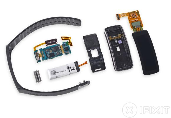 Samsung Gear Fit gets its own tear down treatment