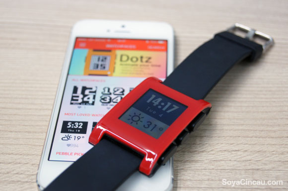 Apple starts rejecting iOS Apps that openly declare support for the Pebble Watch