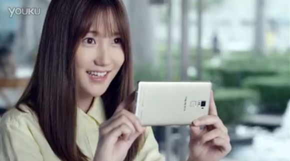 Check out these commercials for the Oppo R7 and R7 Plus