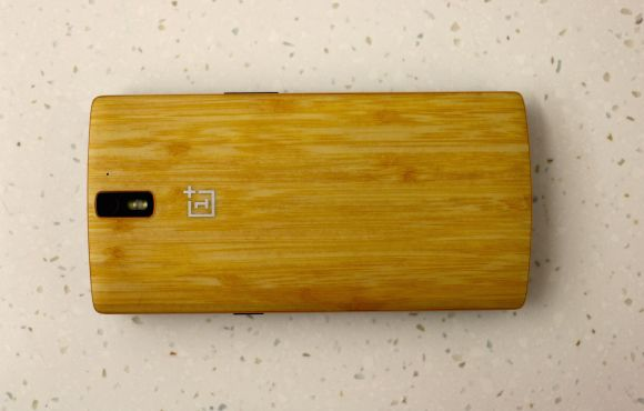 OnePlus 2 packs a larger 3,300mAh battery but manages to be smaller in size than the first One