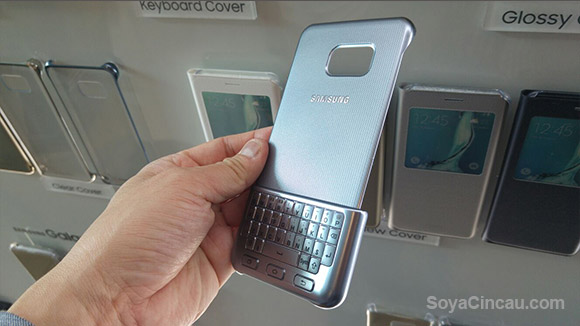 Samsung's Keyboard Cover wants you to type like a BlackBerry user