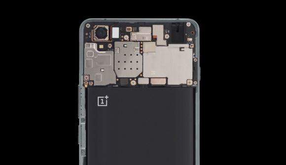 151029-OnePlus-X-02