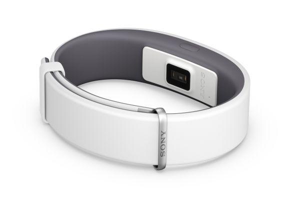 151030-Sony-SmartBand-2-02