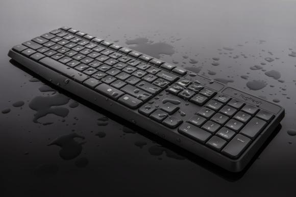 160215-logitech-mk235-wireless-keyboard-and-mouse-2