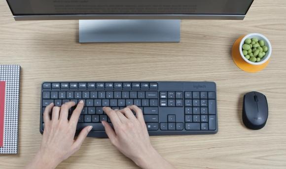 160215-logitech-mk235-wireless-keyboard-and-mouse