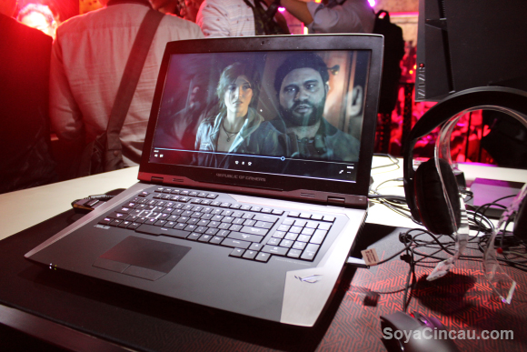160601-asus-rog-gx800-gaming-laptop-hands-on
