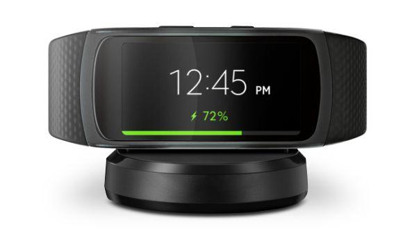 160603-samsung-gear-fit2-smartwatch-fitness-tracker-5