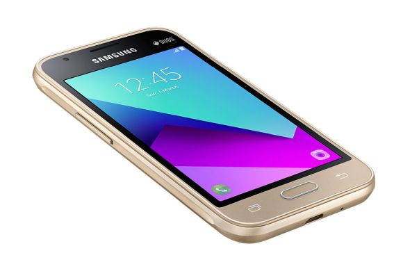 Samsung Malaysia adds more models to its Galaxy J lineup