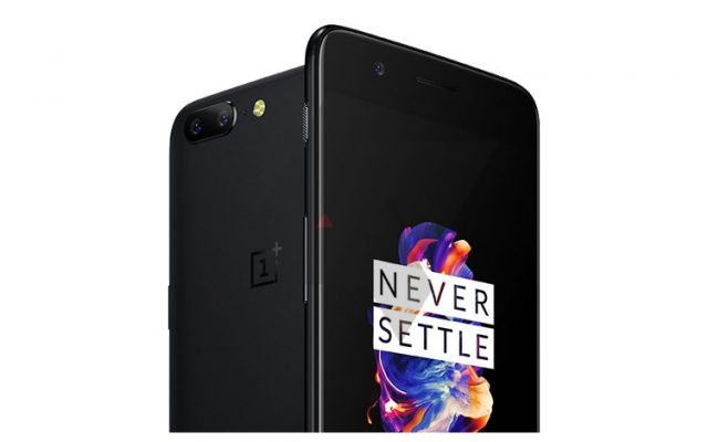 This is the OnePlus 5 and it looks like an iPhone 7 Plus