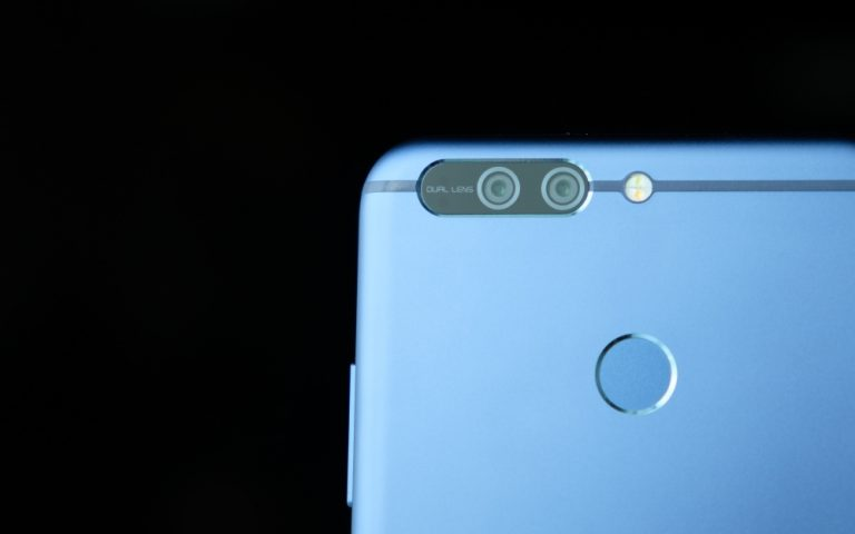 Product Gallery: honor 8 Pro