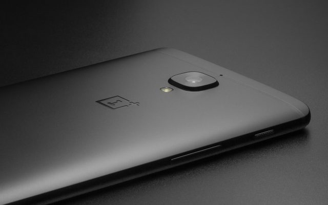 The OnePlus 5 is getting another colour and it isn't black