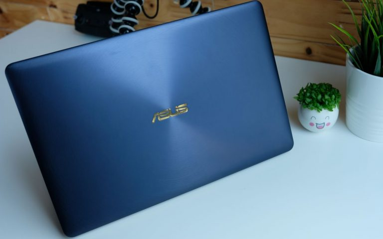 ASUS ZenBook 3 Deluxe review: Packs one helluva punch