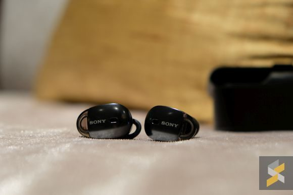 Wireless earbud with ear hook - earbuds 2 pack with case