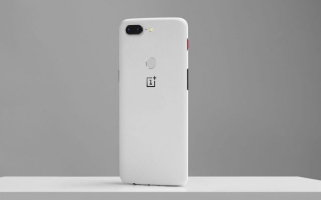 OnePlus 5T's latest limited edition blends sandstone with metal