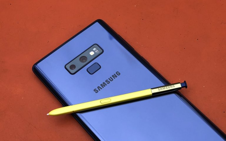 Samsung is considering to put a camera in the S Pen