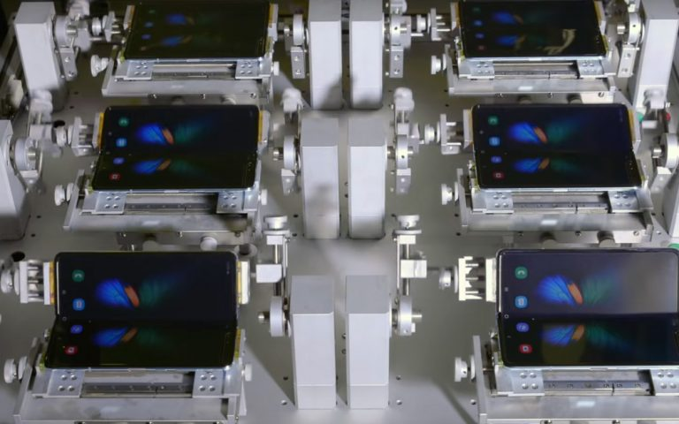 Samsung Galaxy Fold is tested to withstand 200,000 folds