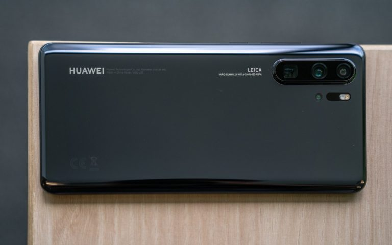 Maxis to offer special deals for the Huawei P30 series on 6th April 2019