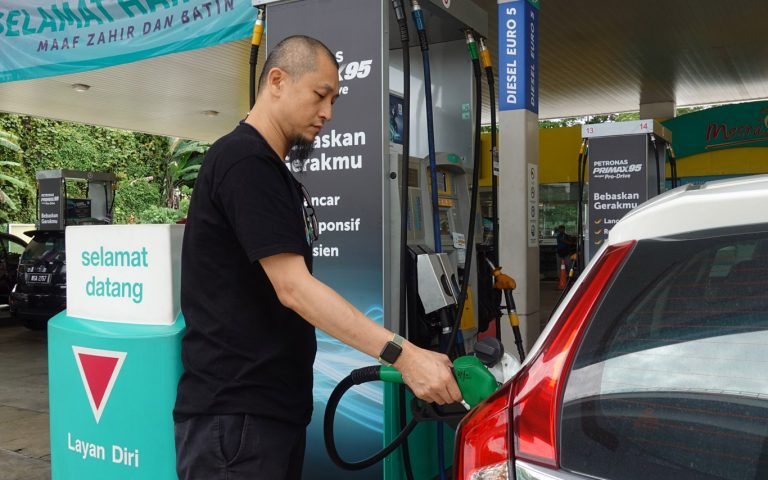 RON97 petrol priced at RM1.74/litre, the lowest since 2006
